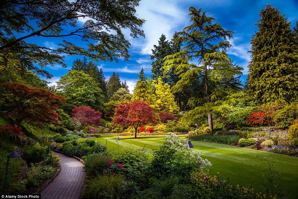 Со временем у Бутчартов появились Японский (на фото), Итальянский, Средиземноморский сады и розарий.