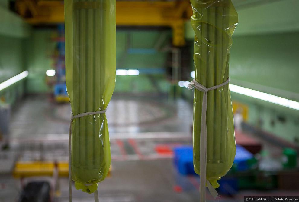 30. Готовое к погрузке в реактор топливо.