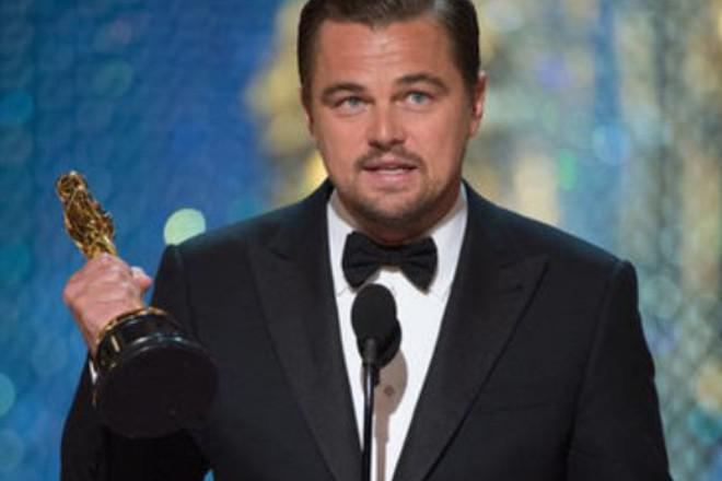 Пропавший «Оскар» Марлона Брандо был найден накамине ДиКаприо