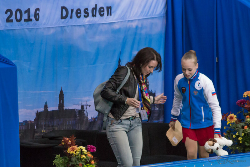 JGP - 7 этап.  5 - 8 Oct 2016 Dresden Germany  - Страница 18 0_16505d_6f92d063_XL