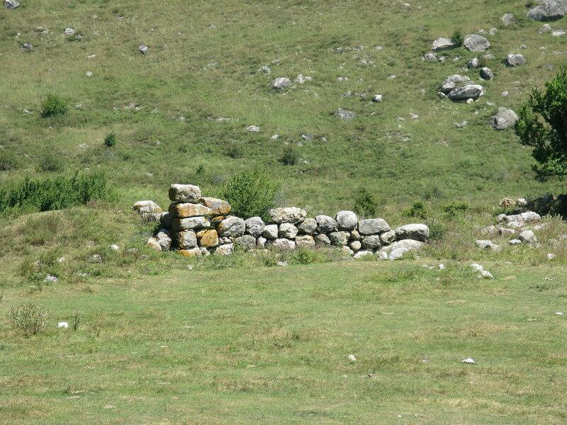 Руины циклопической постройки недалеко от Таргима