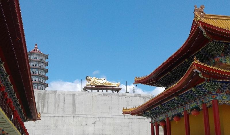 Храм-лежащий.jpg