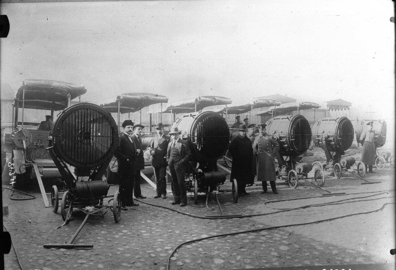 1915. Прожекторы для русской армии