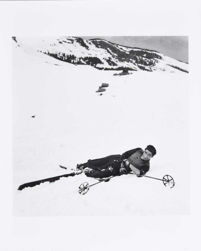 1939. Роберт Капа на лыжах