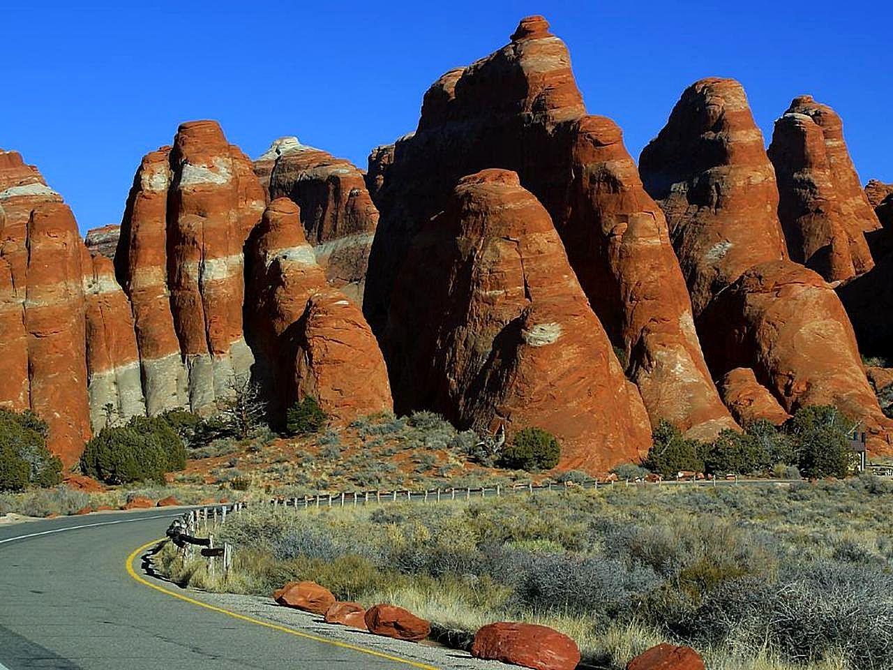 Национальный парк Арки (англ. Arches National Park) — национальный парк США, расположенный в штате Юта