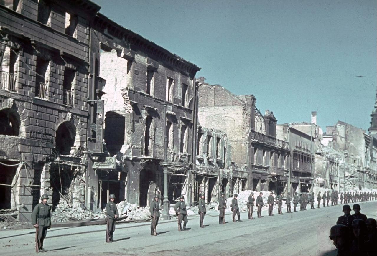 1939 Варшава Краковское предместье.jpg