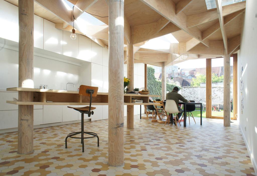 airier-apartment-atelier-bens-vanbelle-3.jpg