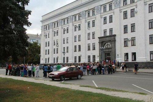 очередь гуманитарка луганск