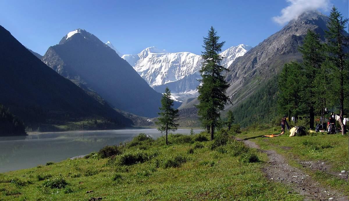 Аккемское озеро, река Аккем и озеро Горных духов
