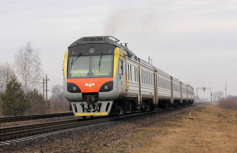 ДР1Б-501 на станции Молодечно