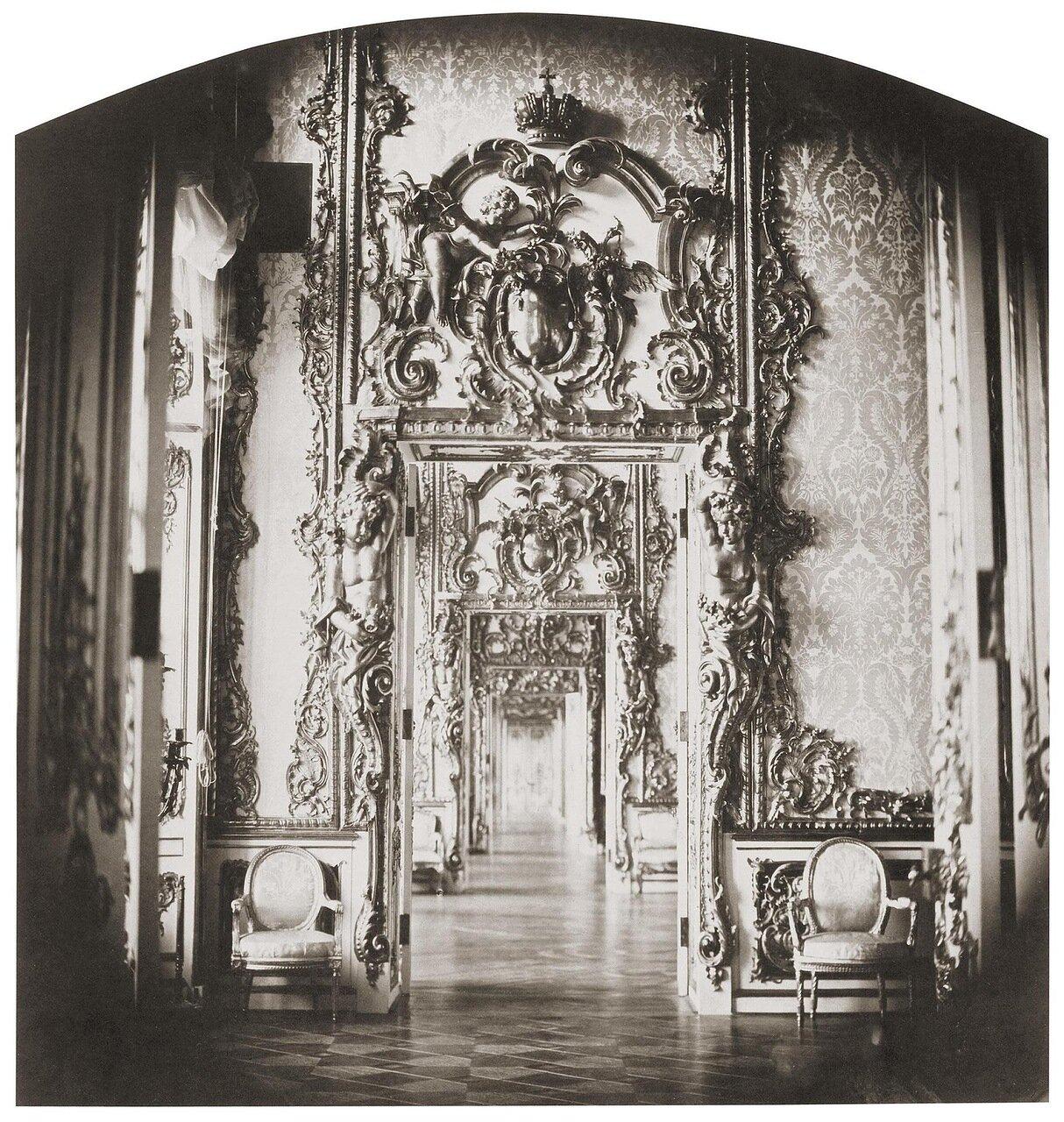 Анфилада зал в Екатерининском дворце. 1859
