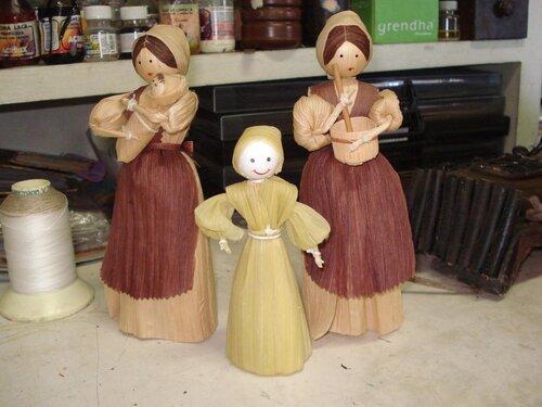 Куклы из кукурузных листьев