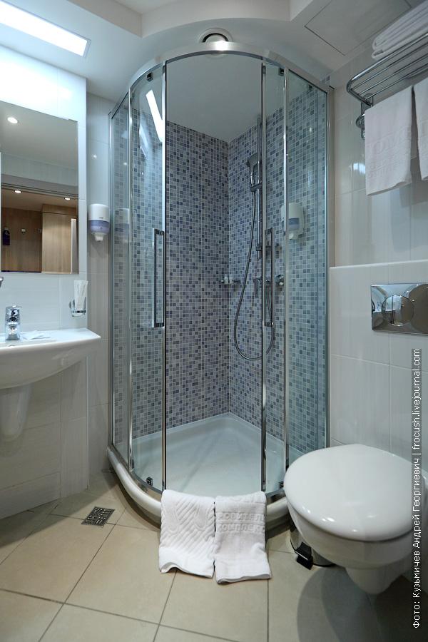ванная комната номера комплекса дагомыс