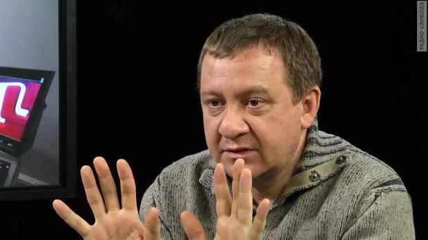 Ходят на цыпочках перед Путиным: Муждабаев рассказал, кто в Украине не хочет, чтобы Россия вернула Крым
