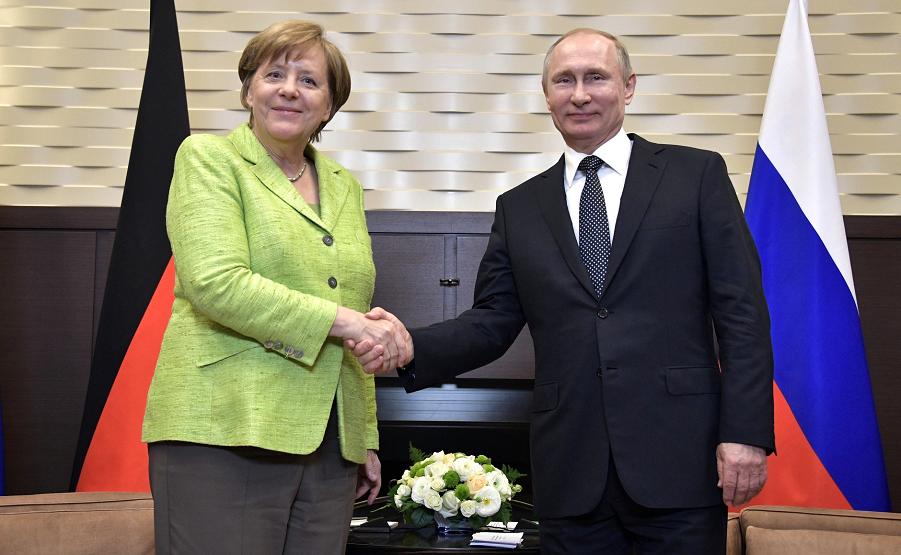Меркель в Сочи 2.05.17-2.png