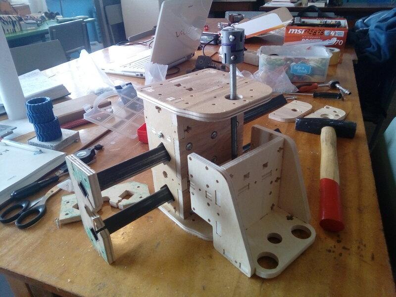 Фрезер-модель2-сборка некоторых блоков-16.jpg