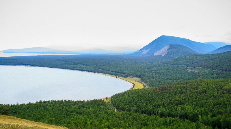 Бухта Байкала, вид в сторону Слюдянских озёр