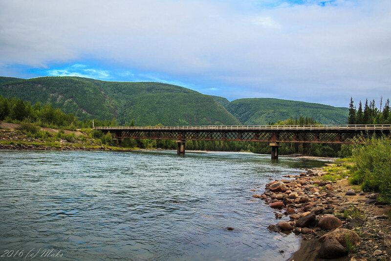 Мост через реку Тыя