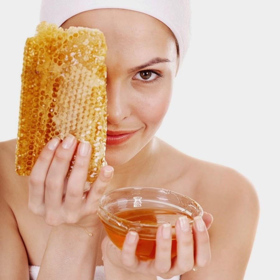 6. Для увлажнения кожи Мед — это замечательное увлажняющее средство, дарованное нам природой. Он уси