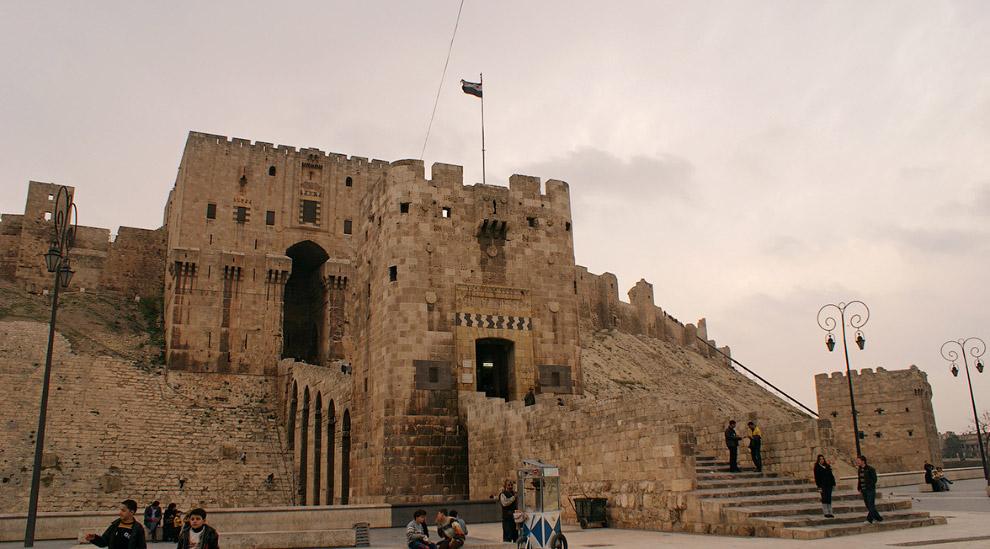 4. Церковь в Алеппо, декабрь 2009. (Фото Khalil Ashawi | Reuters):
