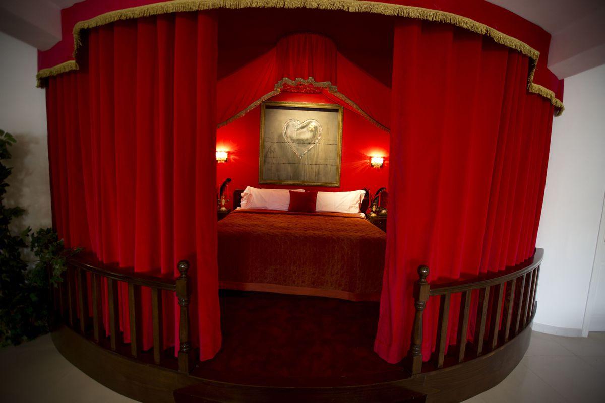 Спальня президентского номера.
