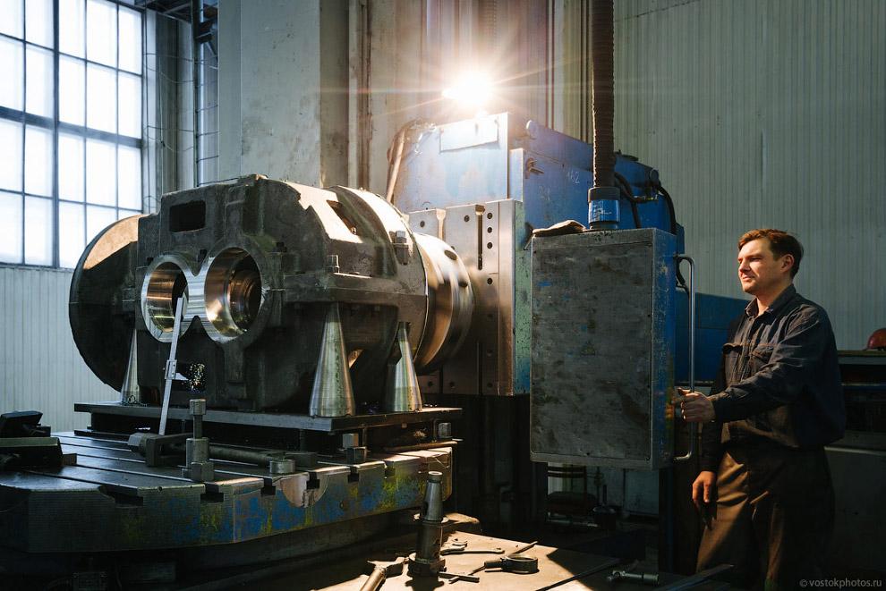 20. Несмотря на закрытие всех шахт в городе, Анжерский машиностроительный завод до сих пор явля