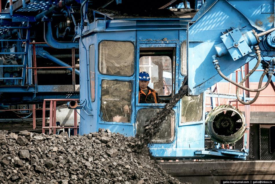 Транспортировка угля осуществляется тепловозами на станцию «Угольная-2» и далее на Назаровскую ГРЭС.
