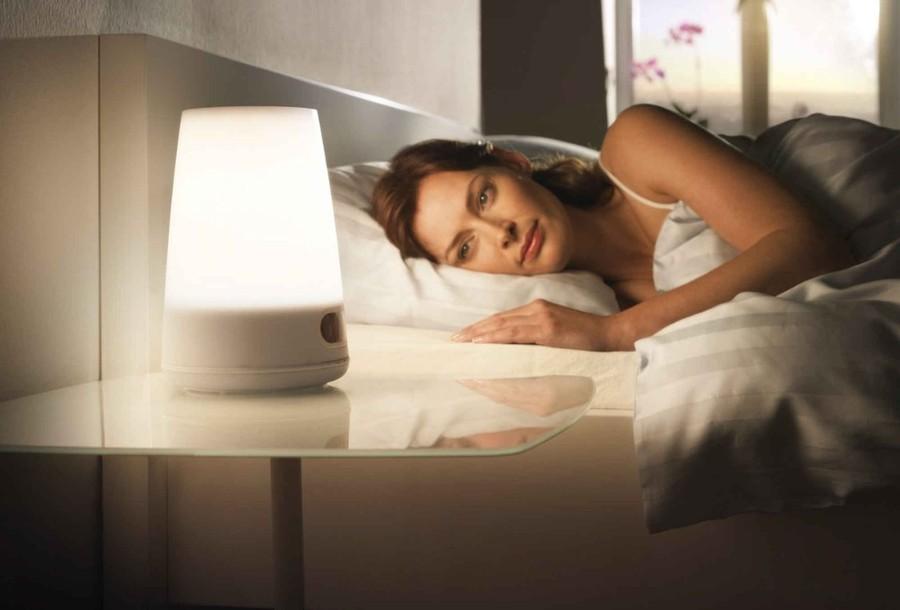 3. Будильник, имитирующий рассвет Компании Philips удалось создать необычный будильник, который обес