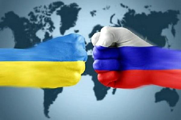 Лавров объявил, что Франция иГермания должна удостоверить Киев закончить геополитический фарс