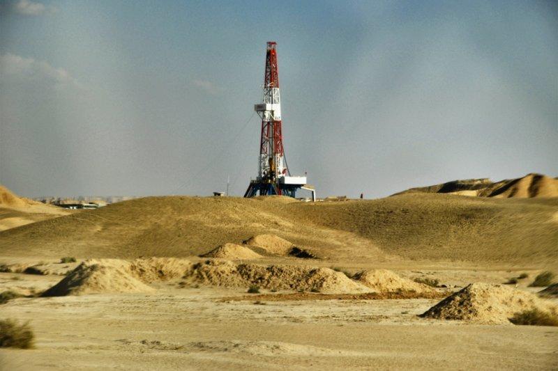 ВИраке изводопроводных кранов потекла нефть