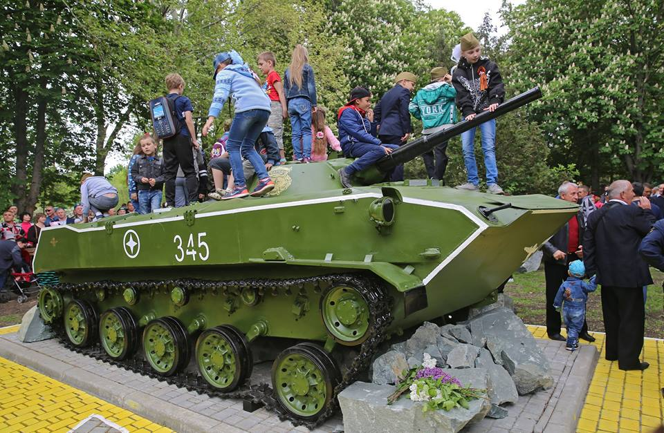 ВСимферополе появился новый монумент, посвященный 72-летию Победы