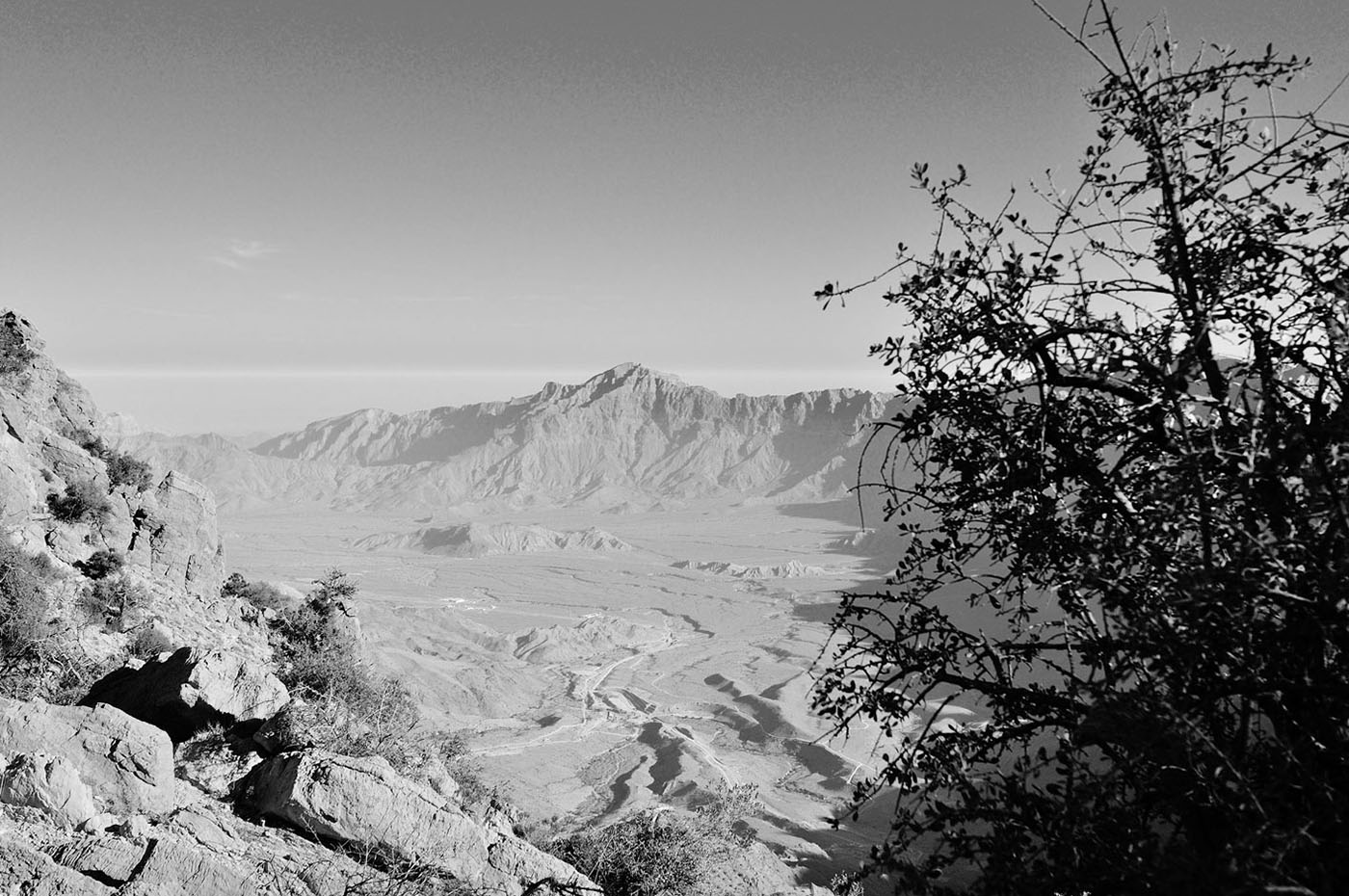 Фотография 7. Оман. Горные пейзажи. 200, F7,1; 1/800 s., экспокоррекция: +0,2.