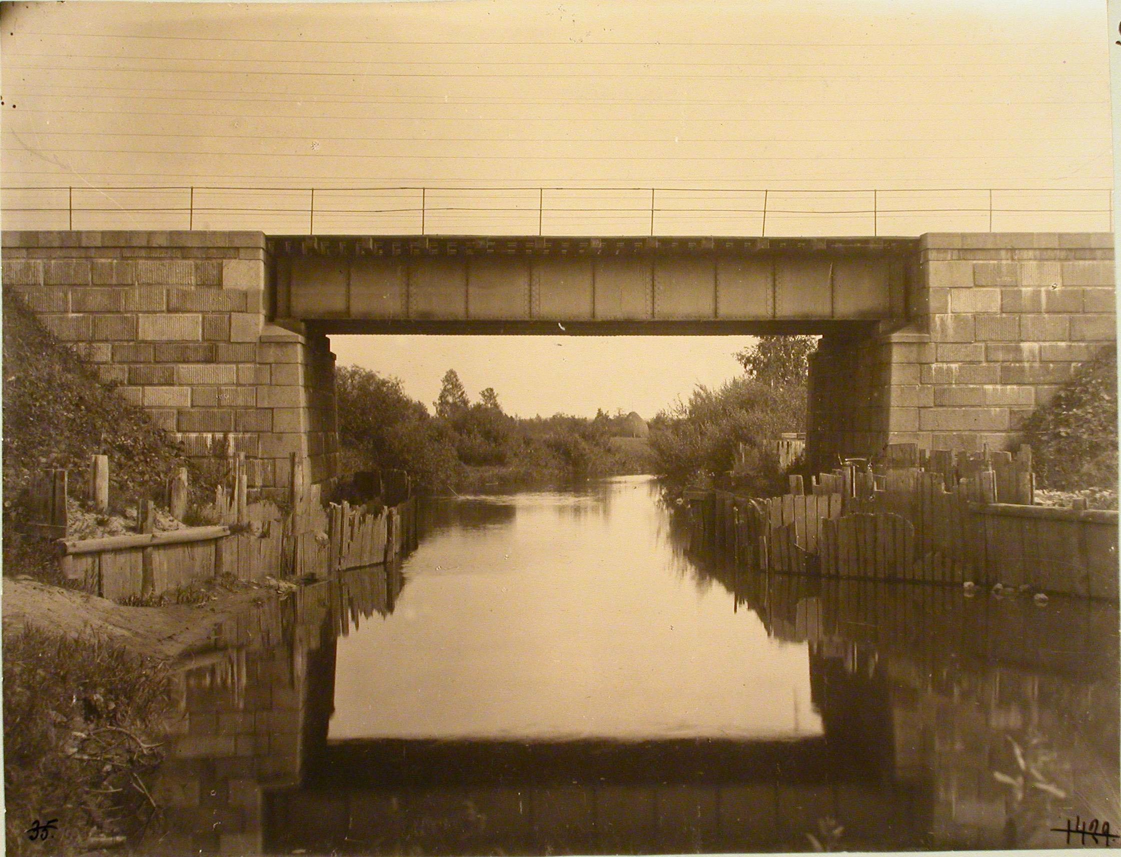 Окрестности Луги. Железнодорожный мост через реку Ящеру