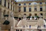 В залах Лувра