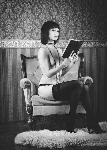 Эротическое чтение. 18+
