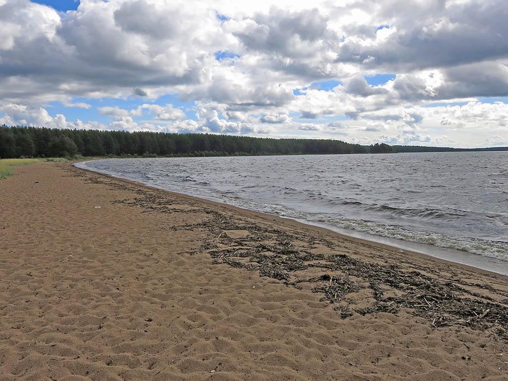 Пляж на Онежском озере