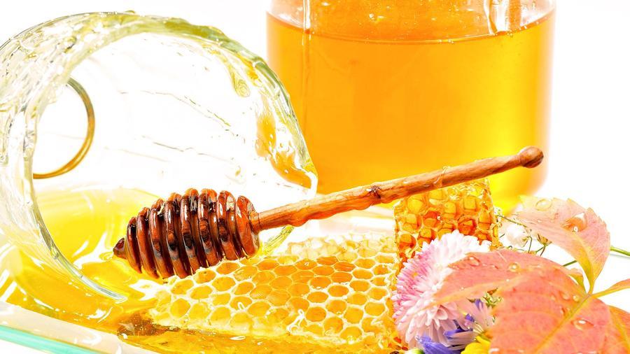 5. При правильном способе хранения срок годности меда практически бесконечен. Держите его в плотно п