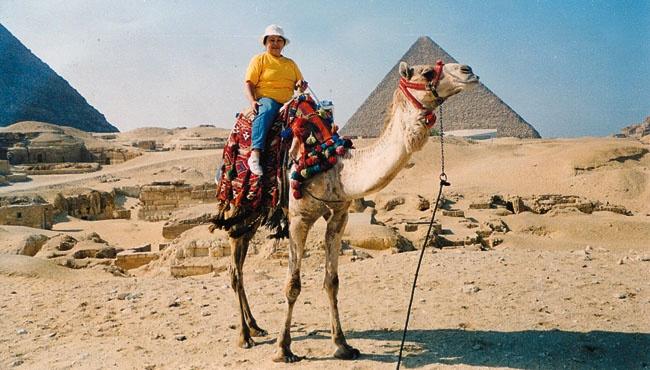 Выйдя в55лет напенсию, Сания Сагитова решила, что хочет путешествовать. Вышла натрассу иподняла
