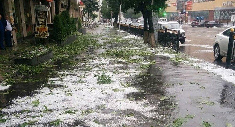 Число пострадавших отграда вСеверной Осетии возросло до 2-х
