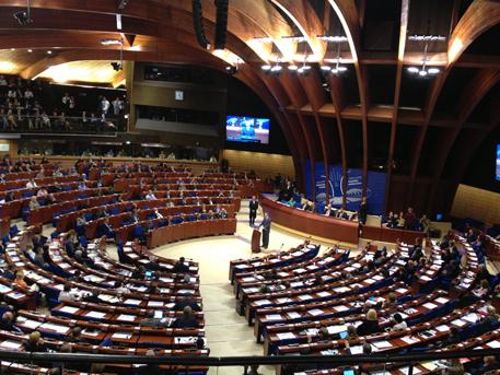 Французский депутат: РФ нужно вернуть вПАСЕ в будущем году