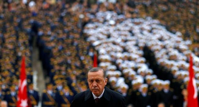 Премьер Ирака предрек Турции распад вслучае вторжения вего страну