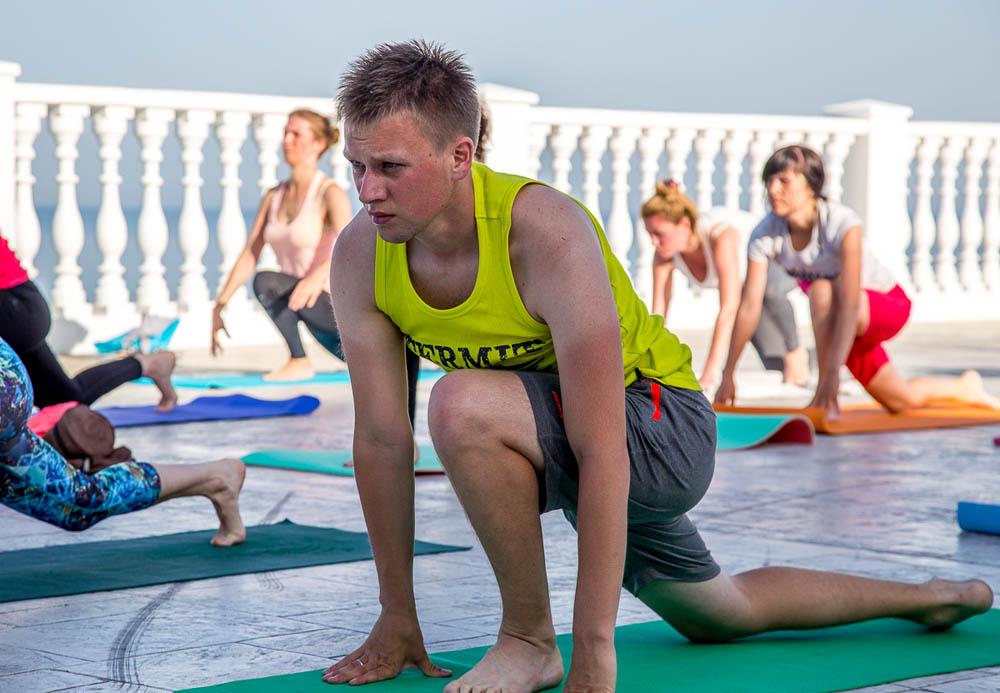 день йоги 2016 в Анапе