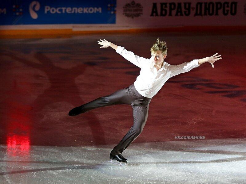Александр Петров - Страница 3 0_a1f20_cad3f38e_XL