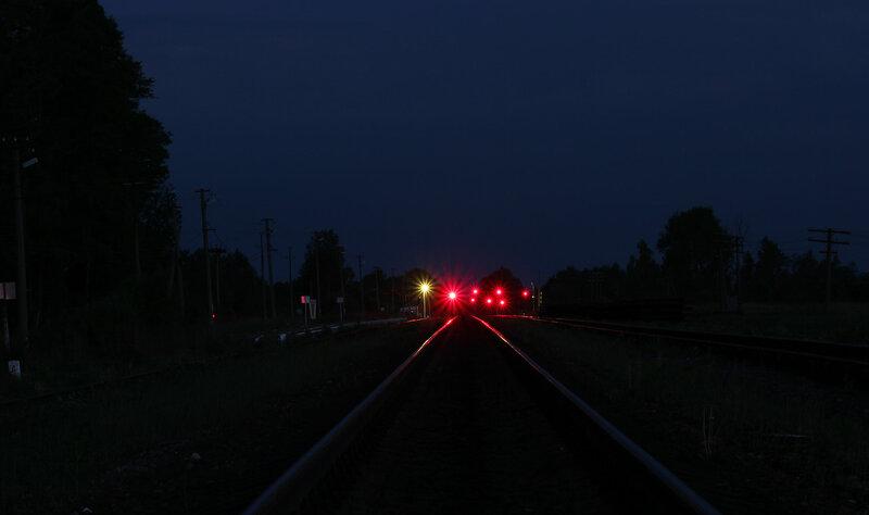 Заградительные светофоры переезда станции Осуга, вид на Сычёвку, панорама
