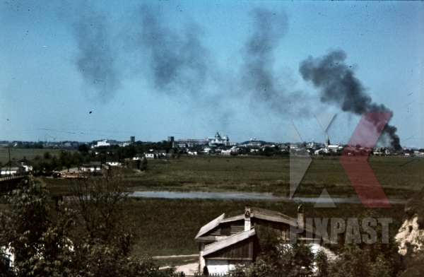 stock-photo-lutsk-ukraine-1941-94-infantry-division-attack-city-smoke-and-burning-liubartas-burg-12029.jpg