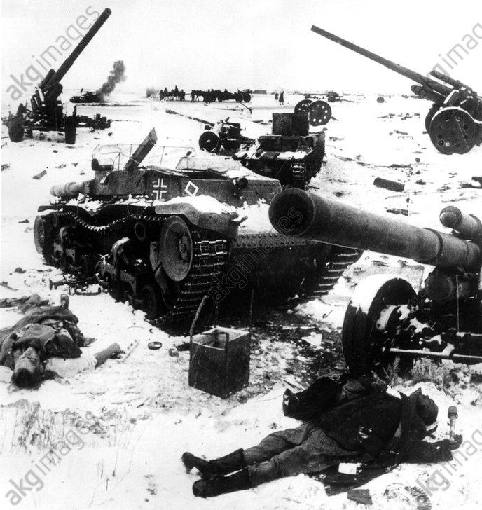 2.Weltkrieg, Schlacht um Stalingrad - German wreckage / Stalingrad / 1942-3 -