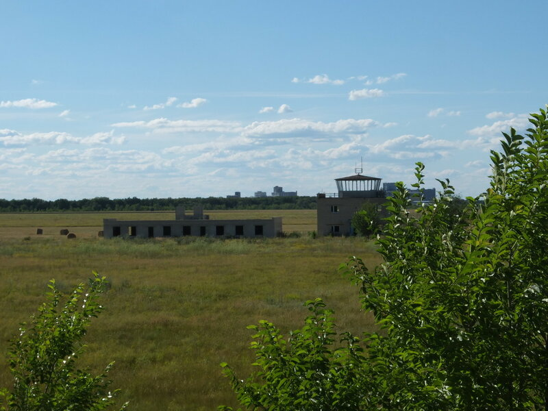 Хворостянка, Безенчук аэродром 540.JPG