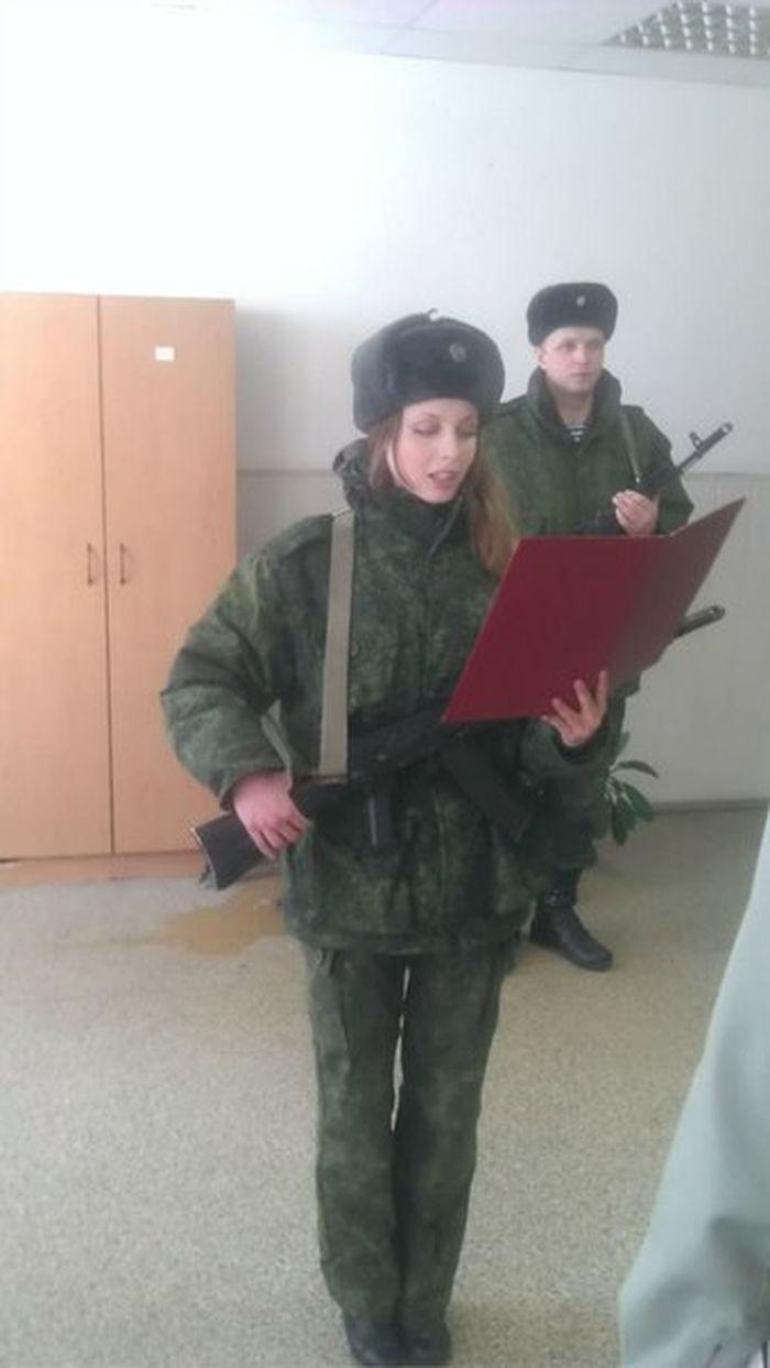 Няшная десантница