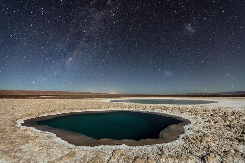 Третье место в категории «Природа» — снимок Виктора Лимы «Лагуны Балтиначе (пустыня Атакама)» (Lagun
