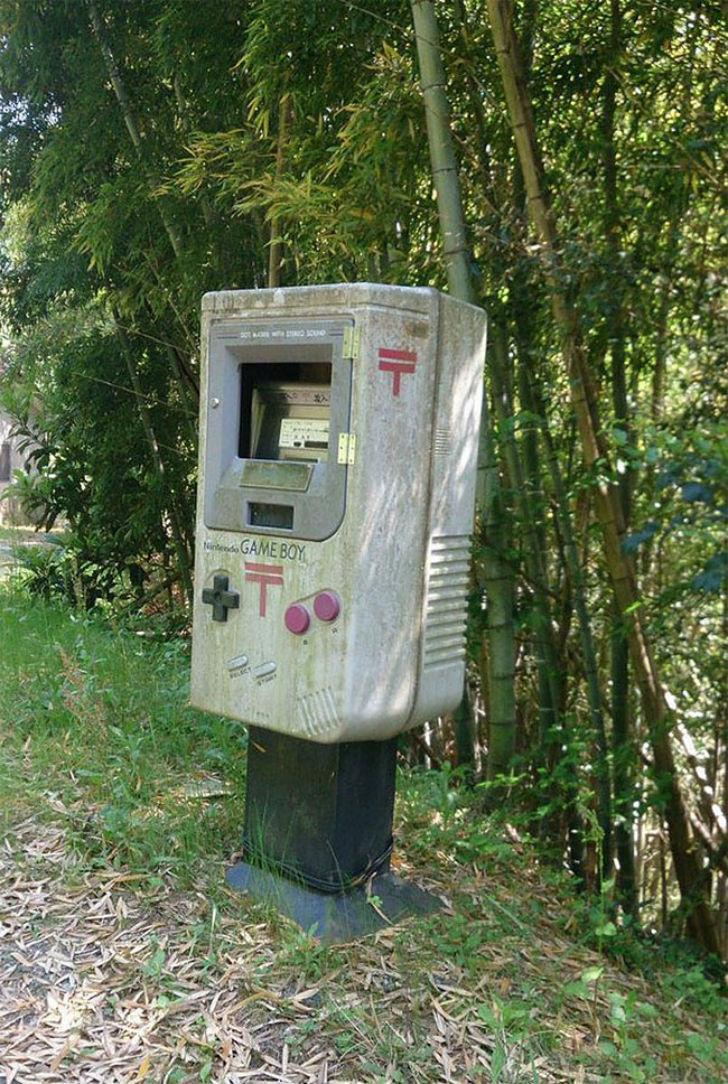 Даже почтовые ящики в Японии ну очень странные (15 фото)
